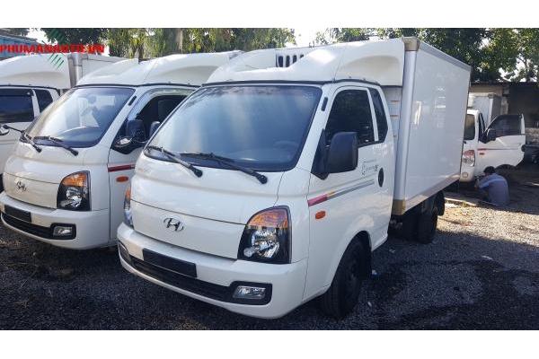 Xe Tải Thùng Đông Lạnh Hyundai Porter II 1 tấn