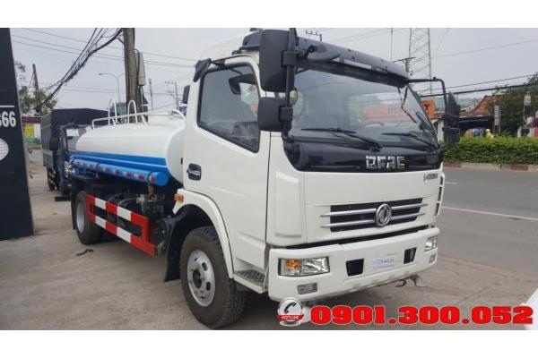 Xe Dongfeng tưới nước rửa đường 5 khối