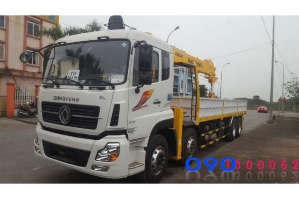 Xe tải Dongfeng 4 chân gắn cẩu SoosanSCS1015LS 10 tấn